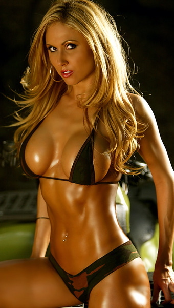 Top 10 Hottest Female Fitness Models